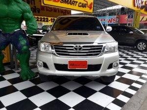 TOYOTA HILUX VIGO DOUBLE CAB ปี 2012 สีเทา ใช้เงินออกรถเพียง 10,000 บ. จัดผ่านรับรถได้ทันที ราคา 542,000 บาท